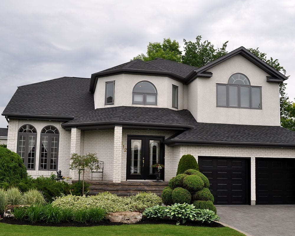 exterior siding painting montreal laval south shore painting vinyl. Black Bedroom Furniture Sets. Home Design Ideas