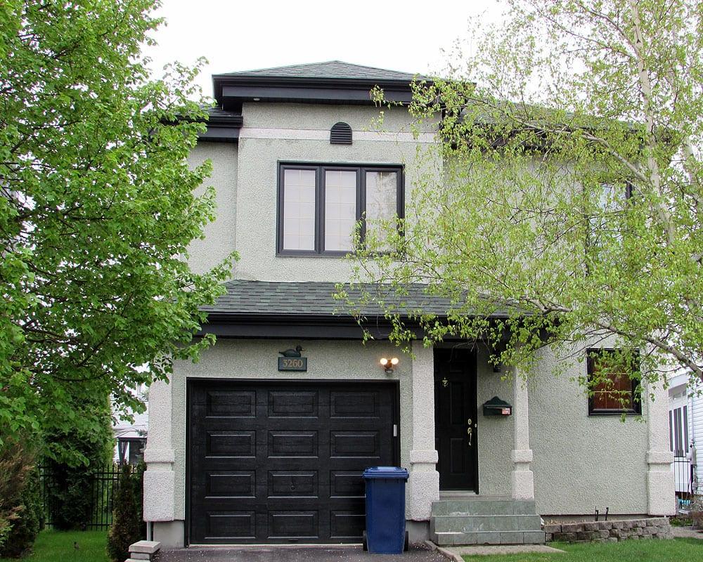 Prex peinture extérieure type de revêtement extérieur agrégat et stuc peinture spray peintres extérieurs expérience Montréal Laval Rive-Sud